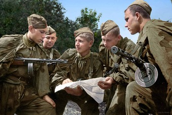 Đánh Liên Xô bằng chiến dịch quân sự lớn nhất lịch sử, Hitler ôm hận vì coi thường đối thủ