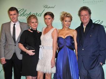 Ai là người giàu nhất gia tộc Hilton?