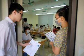 Trường THPT nào ở Hà Nội dẫn đầu các môn Toán, Văn, Anh kỳ thi tốt nghiệp THPT 2021