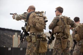 [ẢNH] Đặc nhiệm SEAL gia tăng hoạt động sát bờ biển đối thủ tiềm tàng