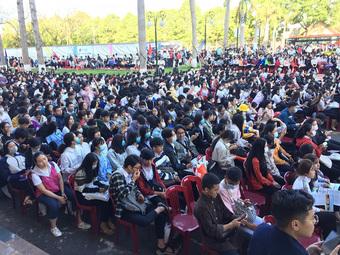 Hàng nghìn học sinh tham dự tư vấn tuyển sinh năm 2021 tại Đắk Lắk