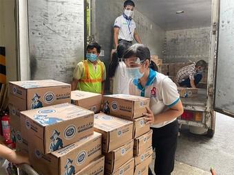 Vạn ly sữa, vạn yêu thương của Cô Gái Hà Lan góp sức cùng TP.HCM và Bình Dương chống dịch