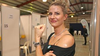 """Úc: Bằng chứng """"không thể chối cãi"""" cho thấy vắc xin Covid-19 hiệu quả"""