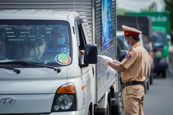 TP.HCM yêu cầu 4 tỉnh giáp ranh hạn chế để công nhân đi lại