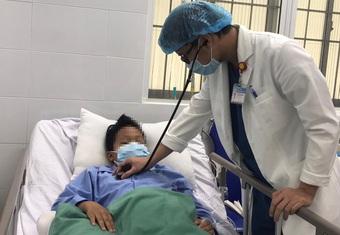 Cần Thơ: Cứu bệnh nhi 11 tuổi vỡ túi phình mạch máu não