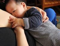 """3 năm sinh 2 con, mẹ Hà thành chưa lúc nào xuống sắc, nằm trên bàn đẻ vẫn đẹp """"hết phần thiên hạ"""""""