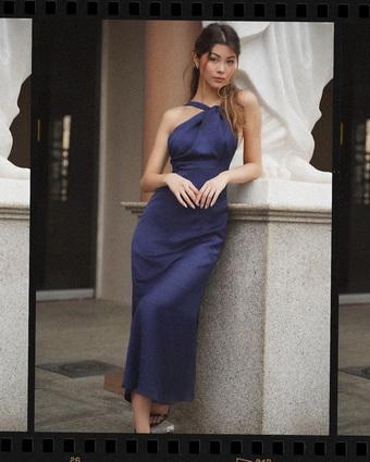 Chi tiết kim loại cho váy áo thêm độc đáo