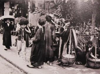 Những món quà đêm xa xưa của phố cổ Hà Nội