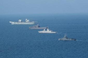 Tàu sân bay Anh đến Biển Đông, Trung Quốc tập trận tại 2 khu vực