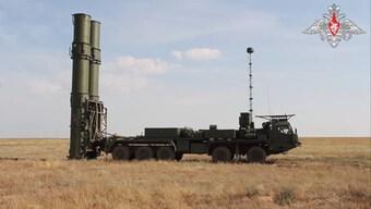 Bộ Quốc phòng Nga mua 10 hệ thống tên lửa phòng không S-500 Prometey