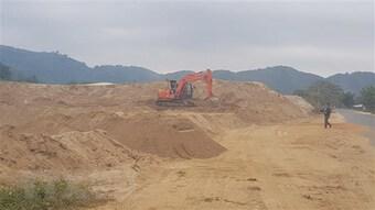 Khai thác cát trái phép, một cá nhân bị xử phạt gần 660 triệu đồng