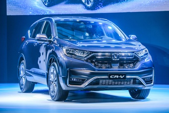 SUV giá hơn 1 tỷ đồng chọn xe Pháp Peugeot 3008 hay Nhật Honda CR-V?