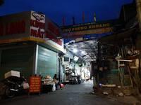 Hà Nội: Người bán rau dương tính SARS-CoV-2, tạm dừng hoạt động chợ Phùng Khoang