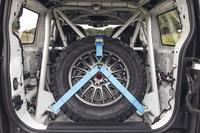 Cận cảnh Land Rover Defender phiên bản xe đua địa hình