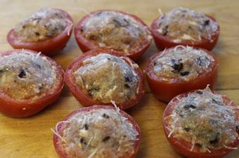Cách nấu các món ăn ngon: Cà chua nhồi thịt