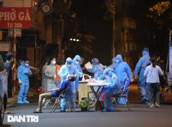 Hà Nội: Ghi nhận 26 ca dương tính SARS-CoV-2 liên quan 6 chùm ca bệnh