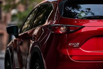 Mazda CX-5: SUV có phong độ ổn định nhất phân khúc