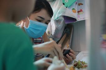 Người dân Bình Phước đang ở TP.HCM, Bình Dương, Đồng Nai sẽ được nhận hỗ trợ