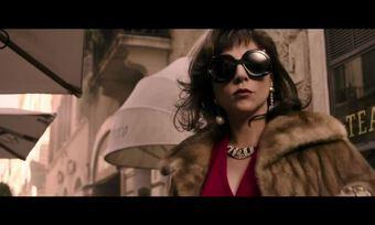 Lady Gaga diện đồ thập niên 1970, 1980 trong phim
