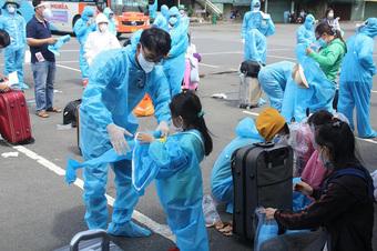 244 người dân Quảng Ngãi từ TP.HCM về đợt 2 đã được cách ly tập trung