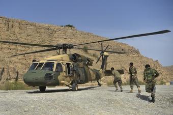 Chiến lược chống Taliban ''đầy mạo hiểm'' của quân đội Afghanistan