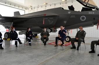 """NÓNG: Israel """"đặt lên bàn"""" kế hoạch phủ đầu Iran, Mỹ điều tàu sân bay hỗ trợ - Trung Đông nóng rực!"""