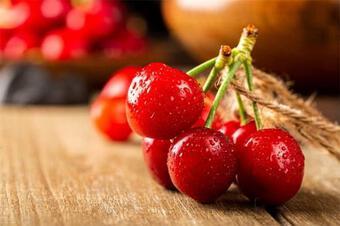 """4 loại trái cây """"ghét"""" da, ăn thường xuyên dễ sinh nếp nhăn, chị em nên ăn ít lại để tốt cho việc dưỡng da"""