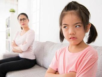 Dạy con 1 đằng, làm trước mặt con 1 nẻo: Chuyên gia chỉ ra 4 lỗi sai cha mẹ thường mắc phải