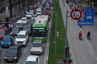 Nhiều sai phạm được phát hiện tại tuyến xe buýt nhanh BRT Hà Nội