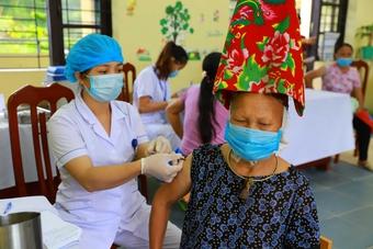 Quảng Ninh: Huyện Bình Liêu đạt tỷ lệ tiêm vaccine cao nhất