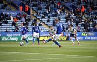 Leicester hụt vé dự Champions League sau sai lầm không thể tha thứ của thủ môn đội trưởng