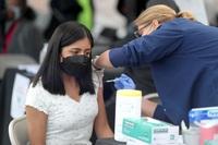 Mỹ công bố hiệu quả ấn tượng của vắc xin Covid-19