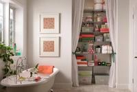 Chỉ với 1 tấm rèm vải, vô số sự xấu xí trong nhà sẽ được che chắn đầy thông minh