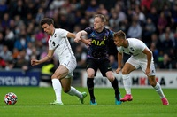 Son tỏa sáng giúp Tottenham thắng 3-1