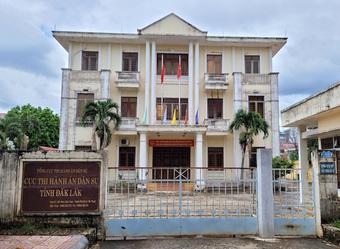 Cục trưởng Cục thi hành án dân sự tỉnh Đắk Lắk được cho nghỉ việc