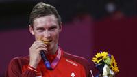 Tay vợt Đan Mạch Axelsen phá thế thống trị của cầu lông nam Trung Quốc ở Olympic