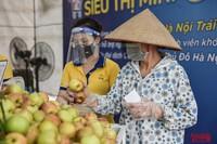Hà Nội đảm bảo hàng hóa thế nào khi một số chợ đầu mối, siêu thị phải đóng cửa do Covid-19?