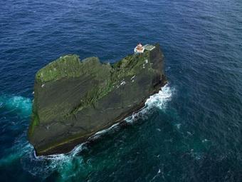 Ngọn hải đăng cô độc nhất thế giới