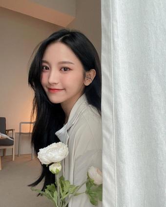 """Hot girl Đài Loan sở hữu nhan sắc xinh đẹp được ví như """"nữ thần"""""""