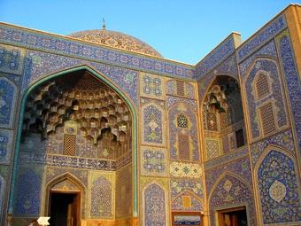 """Vẻ đẹp mê mẩn của nhà thờ được mệnh danh là """"siêu phẩm kiến trúc"""""""