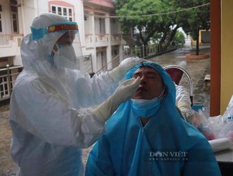 Phú Thọ: 4 người hồi hương bị tai nạn, test nhanh 3 ca nhiễm Covid-19