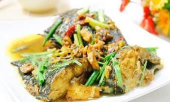 Cách làm món cá rô kho nghệ vàng ngon hấp dẫn không bị tanh