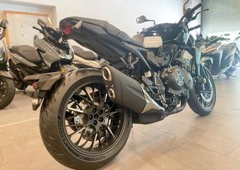 Honda CB1000R Black Edition nhập Ý đặt chân đến Việt Nam