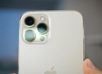 """Sản xuất ngày đêm, Apple vẫn không đủ iPhone đáp ứng fan """"cuồng"""""""