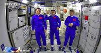 Phi hành gia Trung Quốc sinh hoạt như thế nào trên trạm vũ trụ Thiên Cung?
