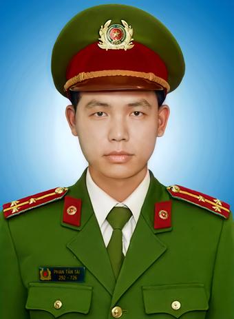 Đề nghị truy tặng Huân chương cho Thượng úy công an hy sinh khi chống dịch