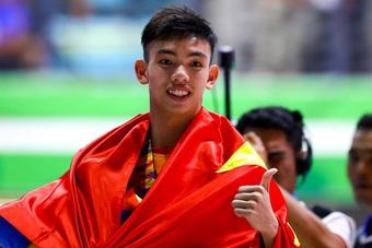 Kình ngư Huy Hoàng trải lòng, chỉ ra bất lợi của VĐV Việt Nam ở Olympic