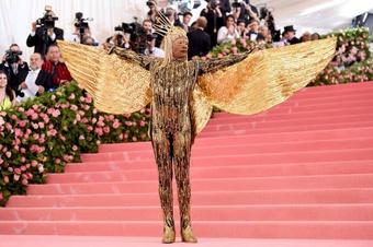 'Người đàn ông mặc váy' Billy Porter: Ngôi sao 'chặt chém' nhất trên thảm đỏ Hollywood