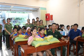 Hành trình vượt khó xóa mù chữ của Lào Cai