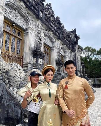 Lệ Quyên, Lâm Bảo Châu chụp ảnh tình tứ, dân mạng phán ''như 2 mẹ con''